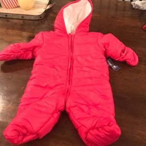 Old Navy 3-6M Snow Suit NWT